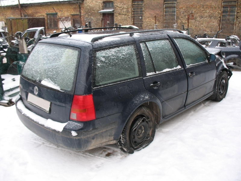 VW Golf - 4 Variant