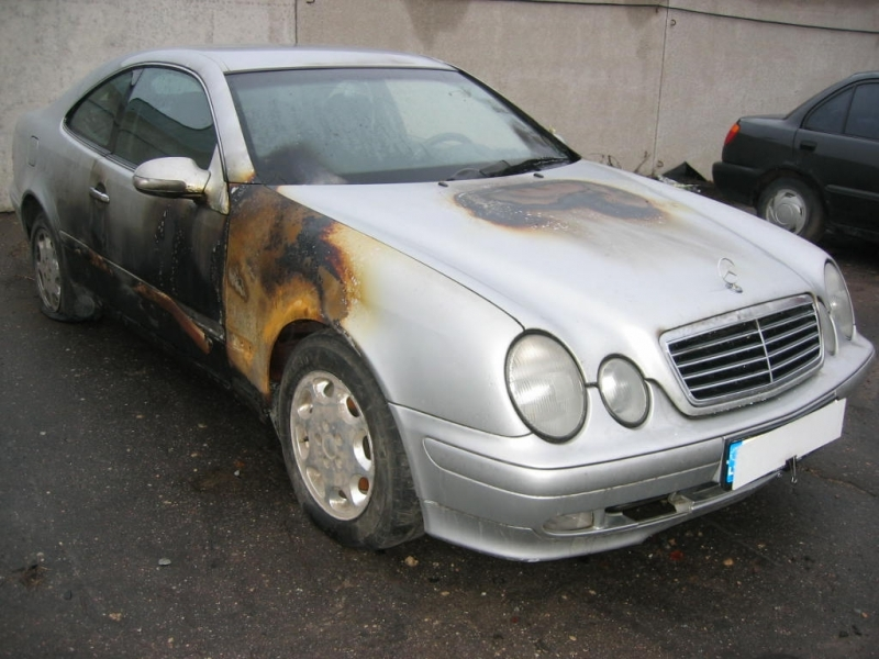 Mercedes Benz CLK-200