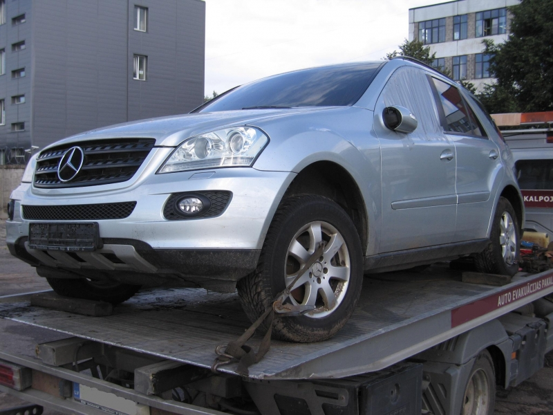 Mercedes Benz ML-350
